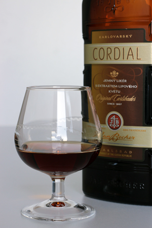 BECHEROVKA Cordial b1
