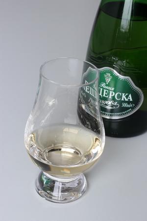 РАКИЯ ПЕЩЕРСКА ГРОЗДОВА b1
